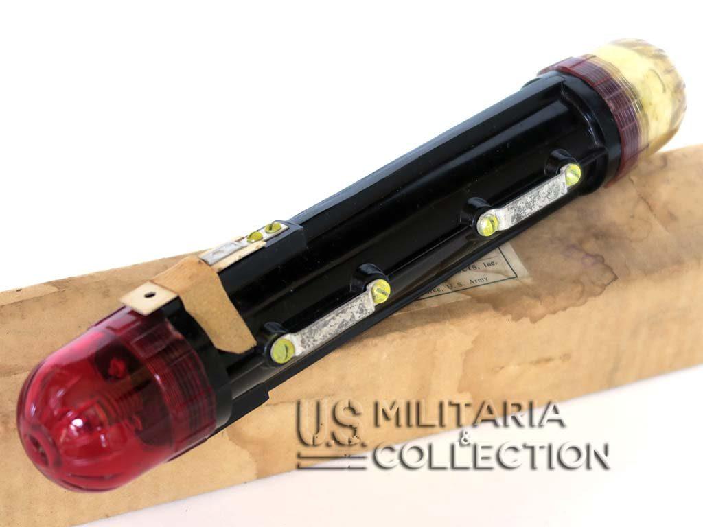 Lampe Container de Largage Parachutiste Type A-1 Modèle 2 Couleurs blanc-rouge