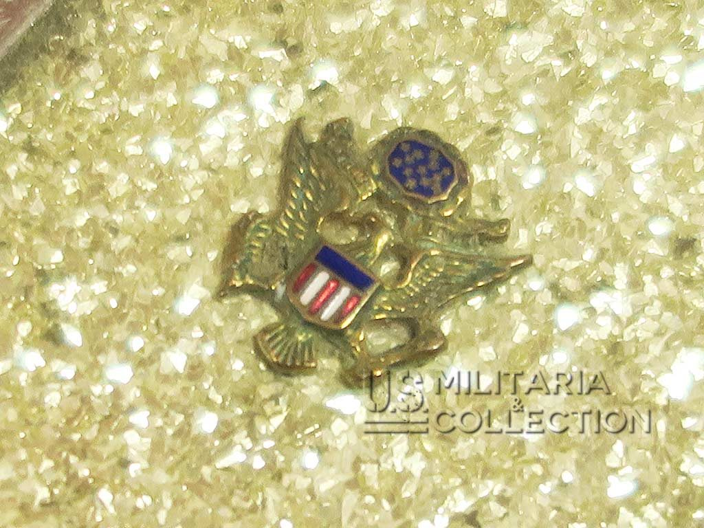 Poudrier féminin Women's Army Corps, Girey
