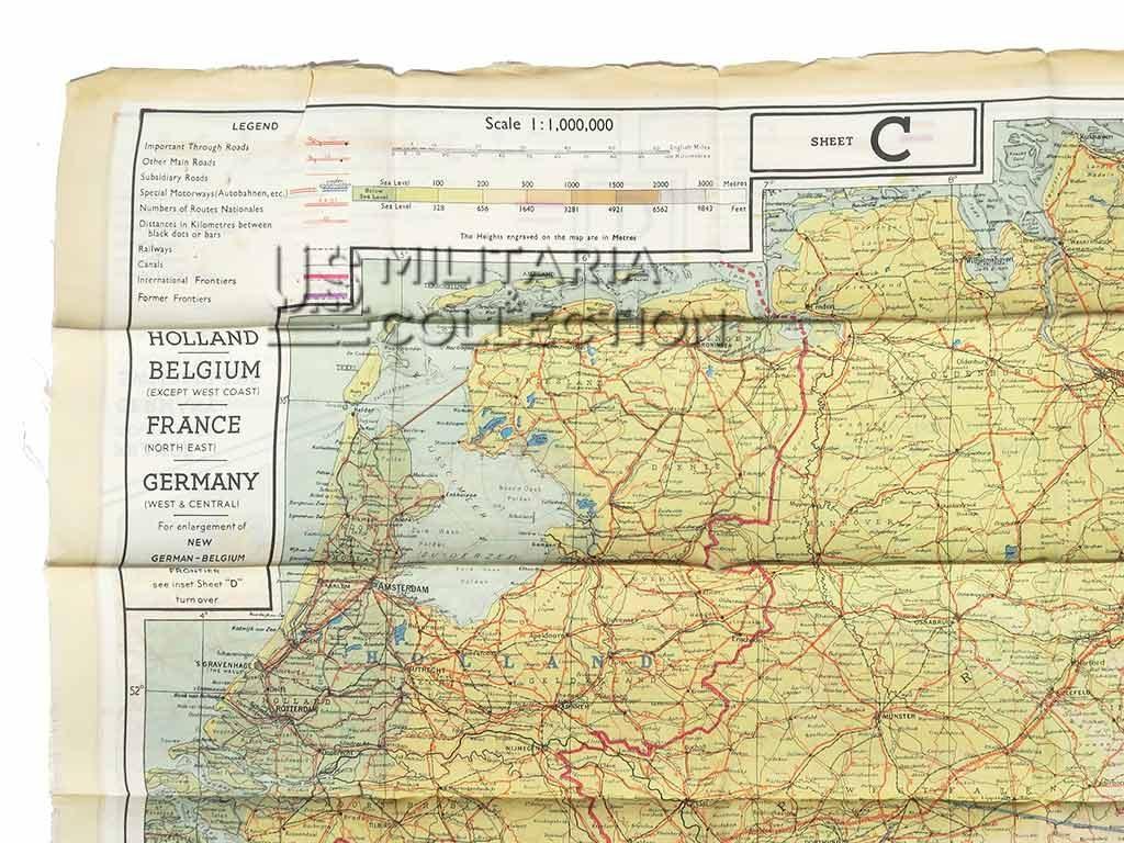 Pochette évasion et sa carte en soie C/D 1943