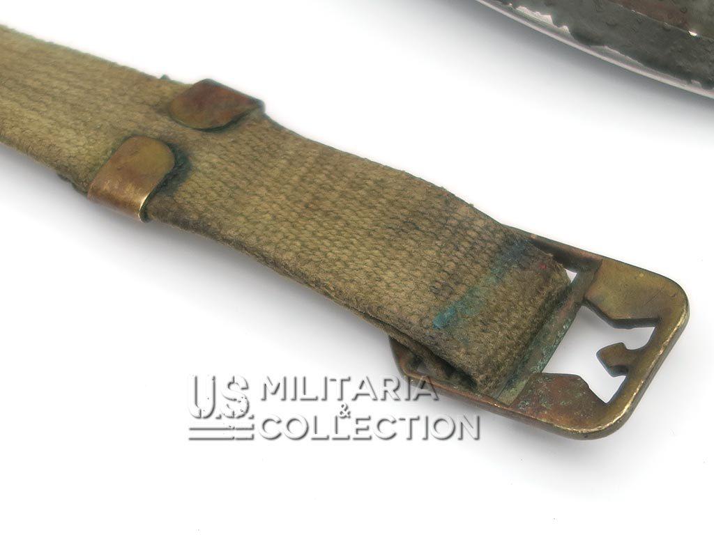Casque M1 pattes mobiles bouclerie relief laiton