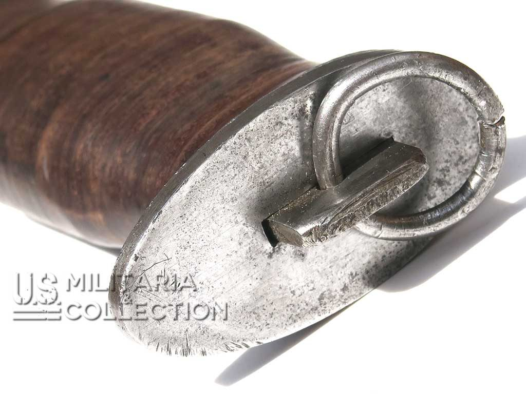 Couteau de combat EGW lame dents de scie