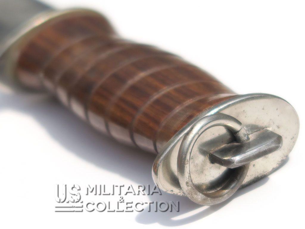 Couteau de combat EGW manche en bois