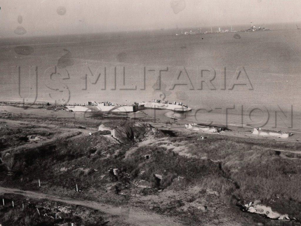 Omaha Beach photos aériennes épaves juin 1944