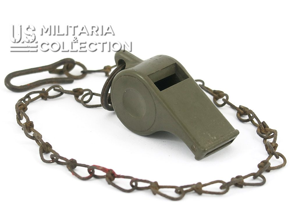 Sifflet plastique US ARMY 1944