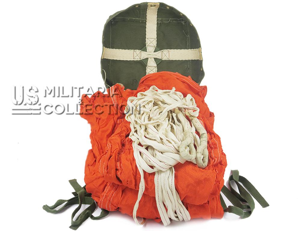 Parachute de container Type G8, voilure rouge