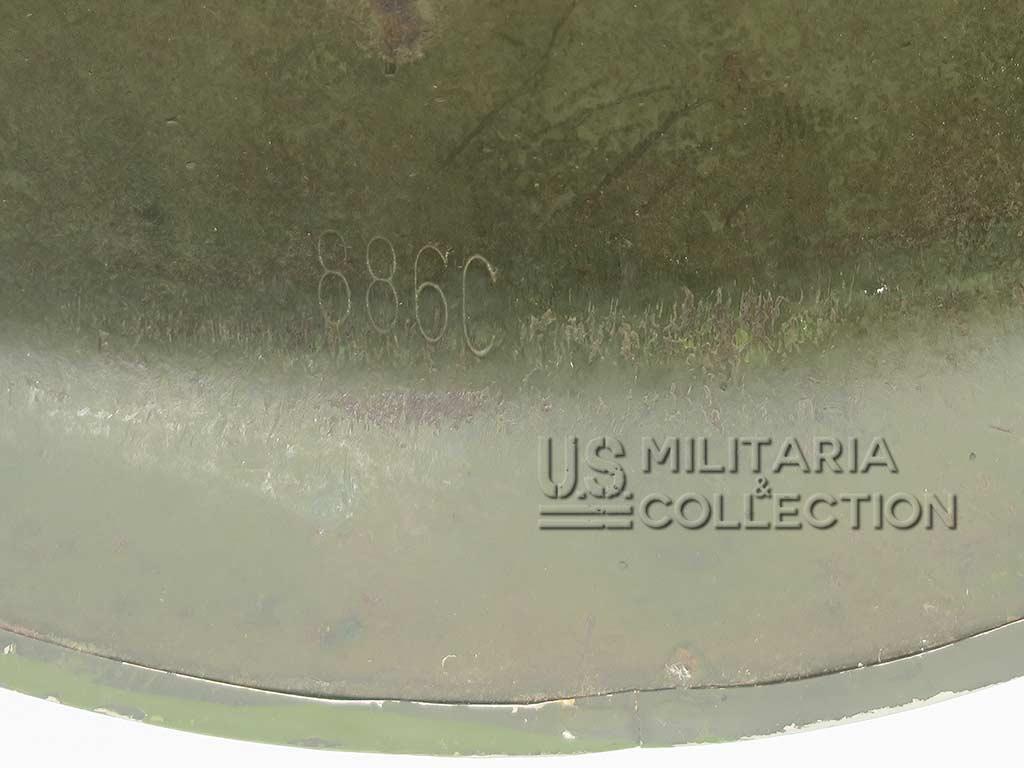Casque M1 1944, restes de camouflage