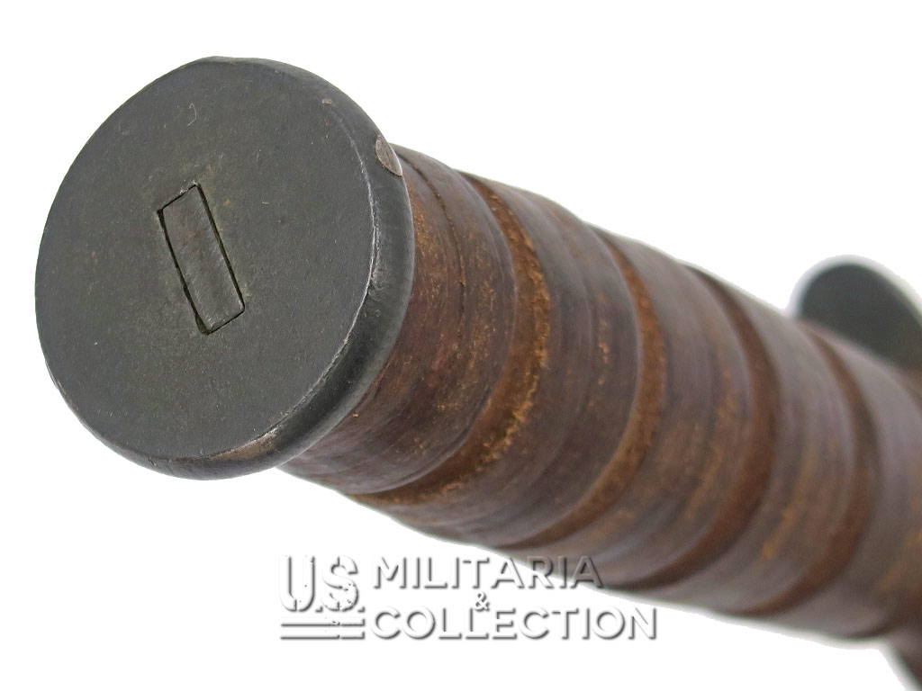 Couteau USMC CAMILLUS et son fourreau cuir