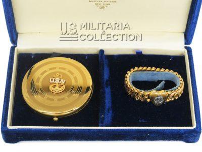 Parure féminine US Navy, Hilborn-Hamburger
