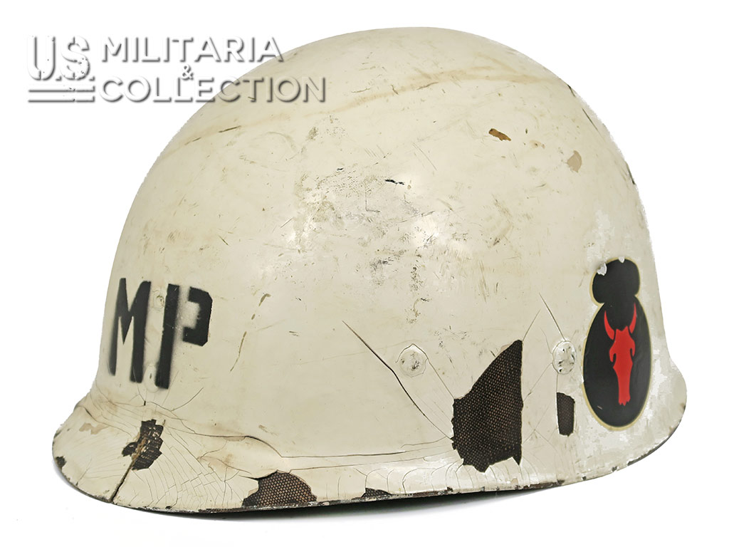 Sous-casque Military Police, Red Bull
