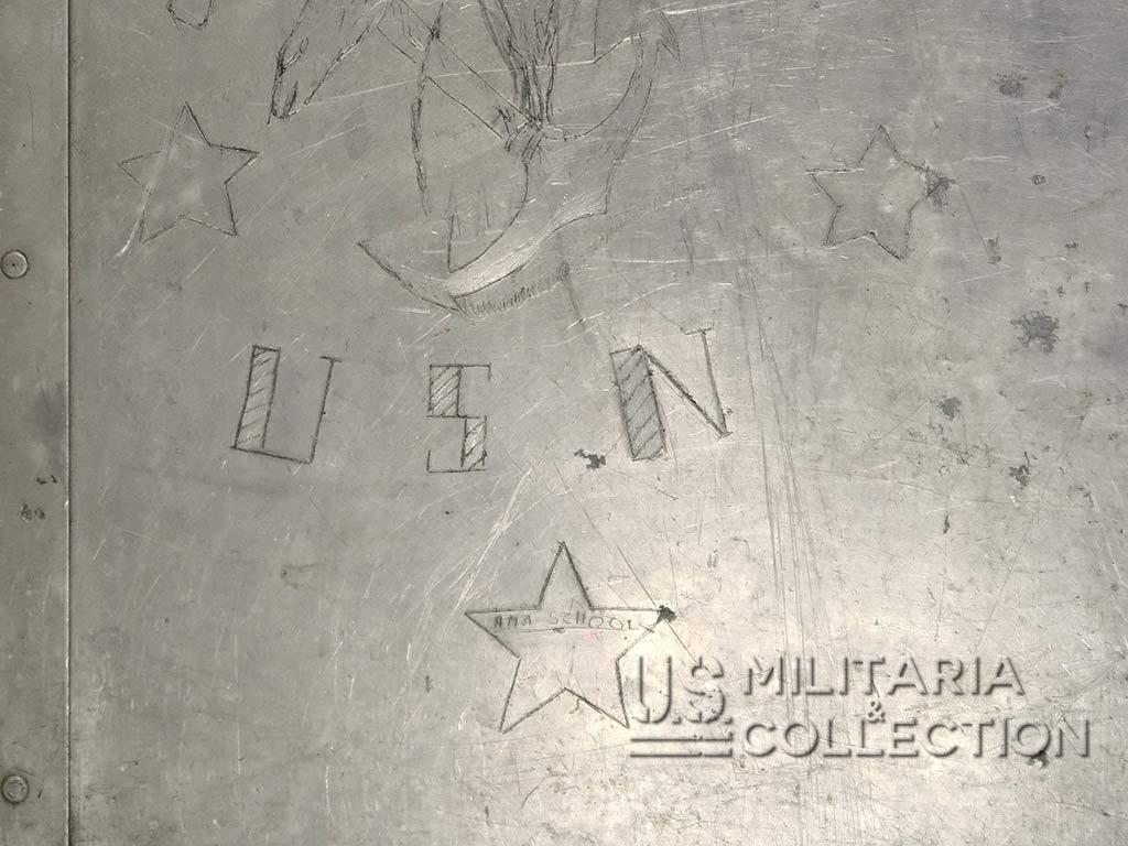 Livre gravé US Navy personnalisé
