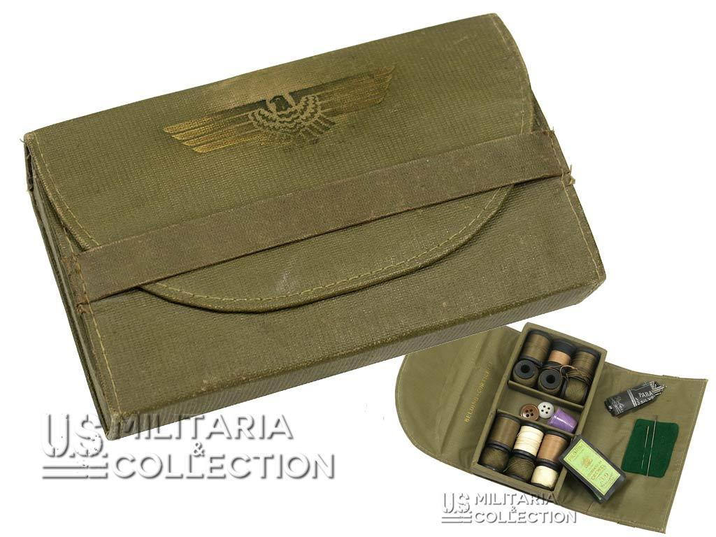 Trousse de couture US Army