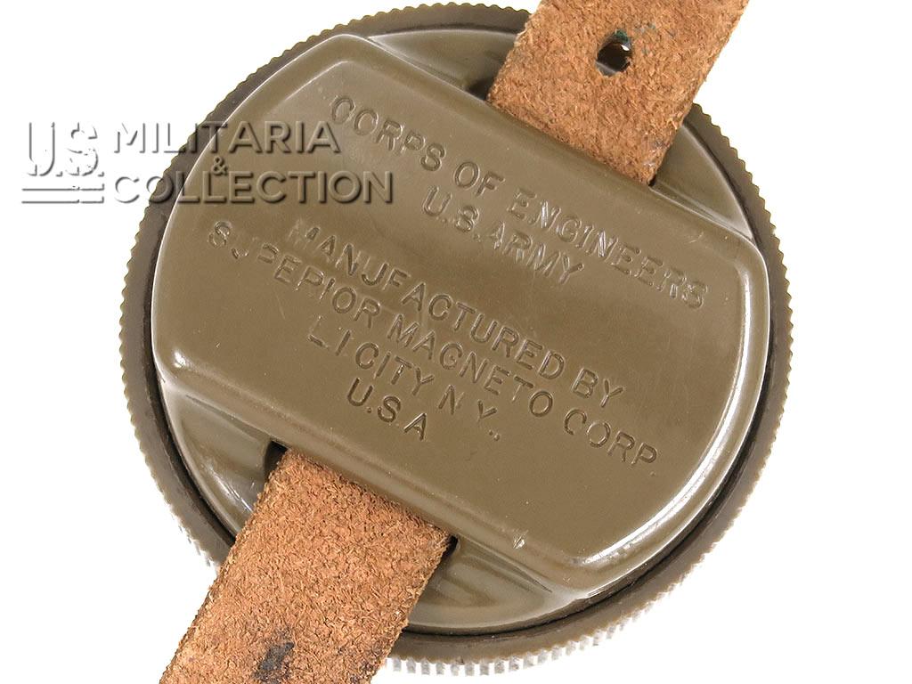 Boussole de poignet parachutiste, Magneto 1944